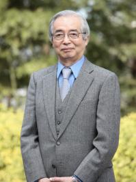 八木浩輔教授 (1934-2014) Professor Kohsuke Yagi (1934-2014)